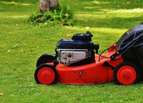 lawn-mower-1593898_1920